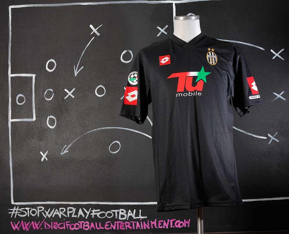 ae0da2874 Juventus F.C. (2000-2005) - 10 footballentertainment